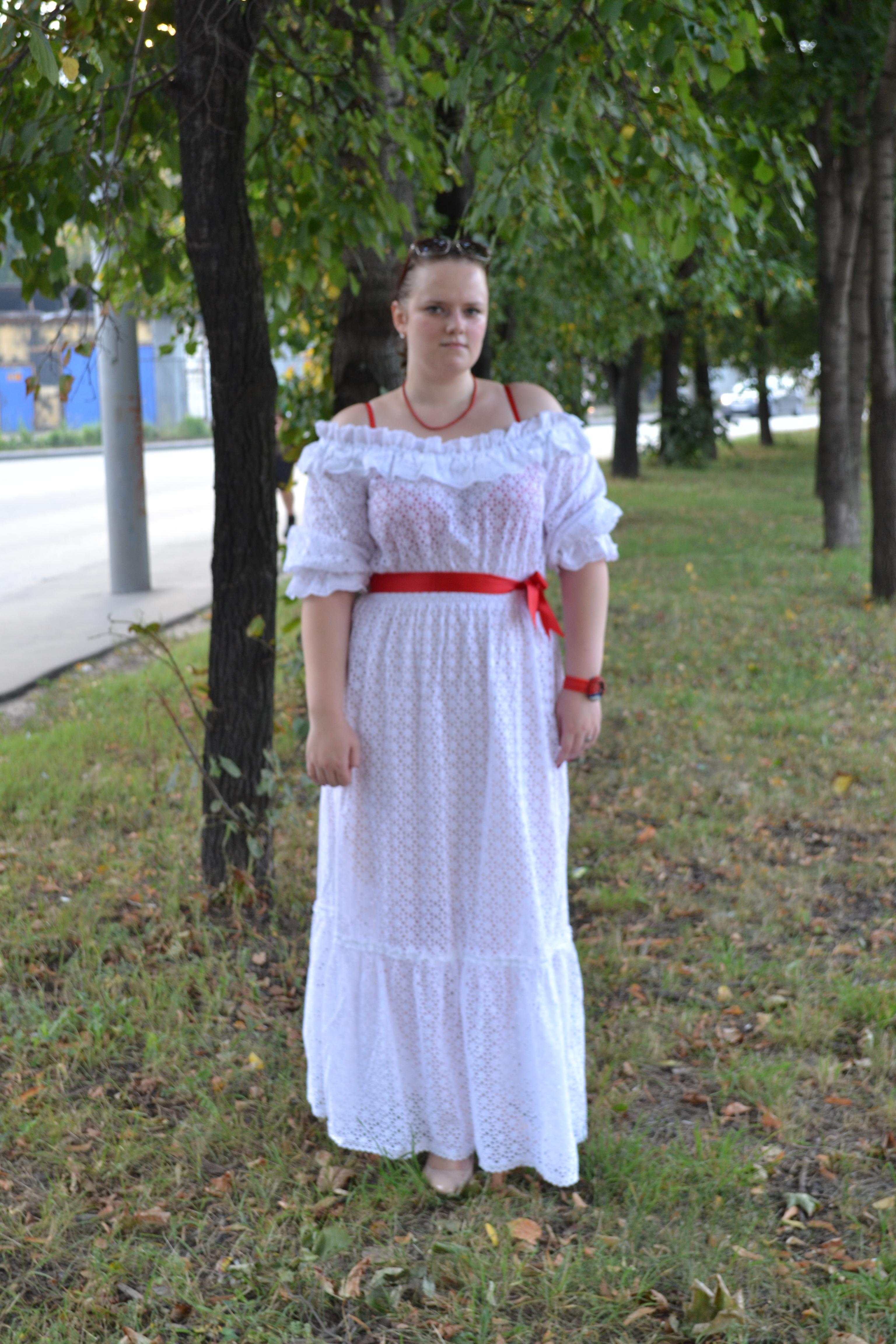 Сучки задранные платья фото кайфолог гол девушками